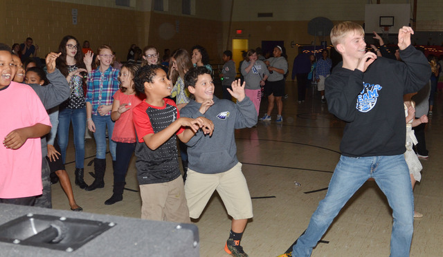 how to have fun at a school dance
